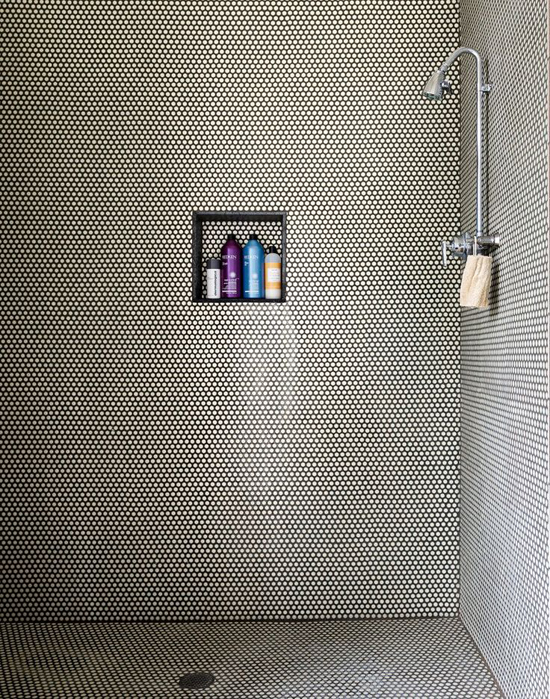 Round mosaic tiles shower. Photo by Trevor Tondro via The NY Times.