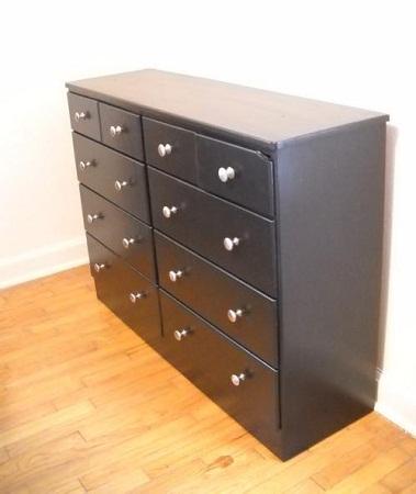 C mo renovar un mueble de madera cambia for Como cambiar de color un mueble