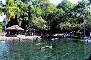 Yeh Sanih, Singaraja, Bali