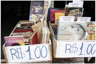 Dicas de onde comprar livros usados baratos