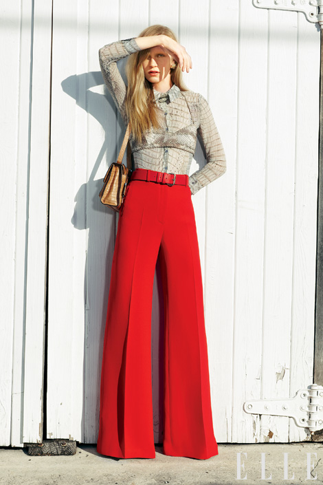 Women's palazzo pants lengthen the feminine silhouette and are ideal for any occasion. Choose a flowy piece in airy fabrics for a warm day, or a simple high waisted pair in black for an elegant evening look.