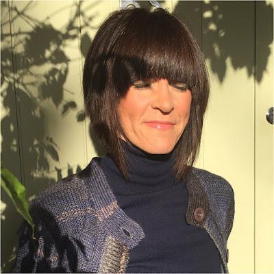 My Midlife Fashion, Charlotte Tilbury, Colour Chameleon Gold Digger, damart Longline cardigan