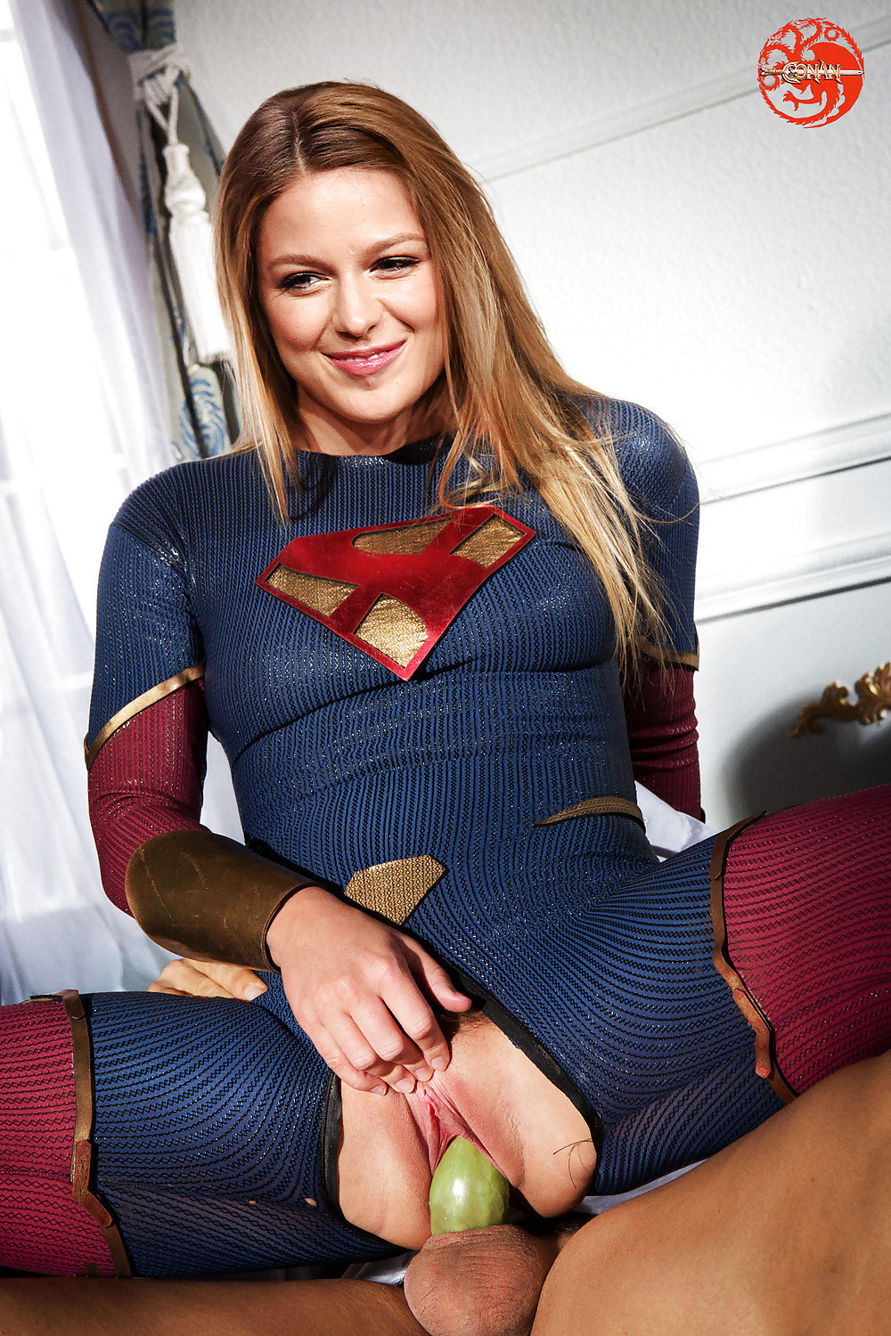 supergirl naked pictures