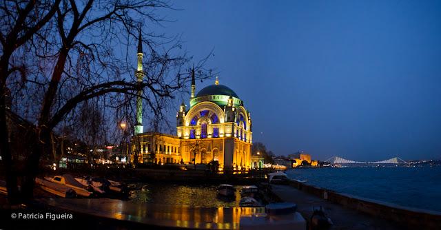 Dolmabahçe Mosque and theBosphorus Bridge