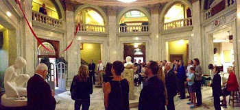 Library Supporters Gather in Rotunda