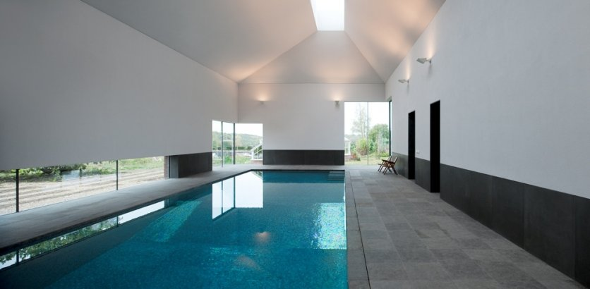 Best swimming pools spas designs personal swimming pool uk for Swimming pool design uk