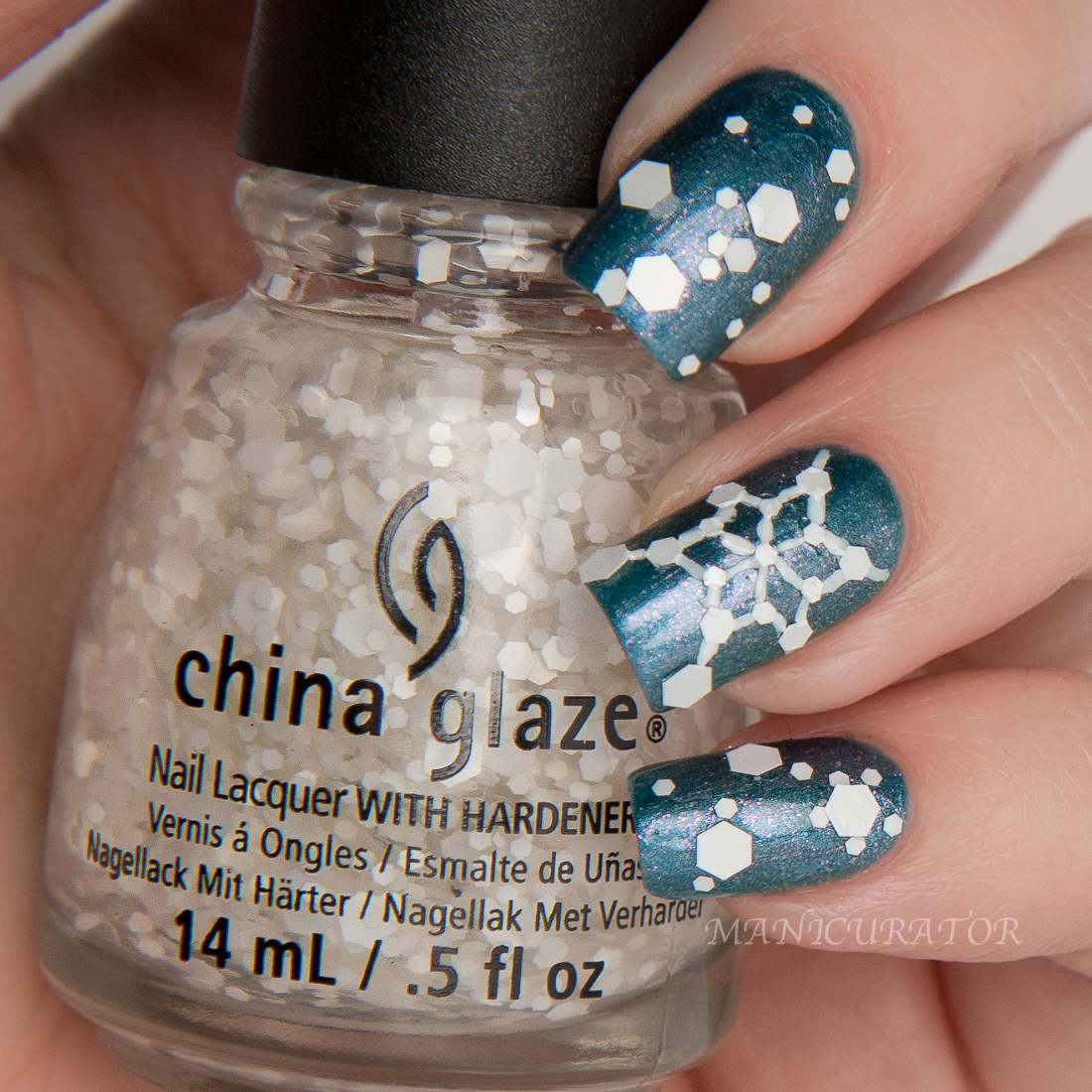 China-Glaze-December-to-remember-chillin-with-snowmies-nail-art-swatch