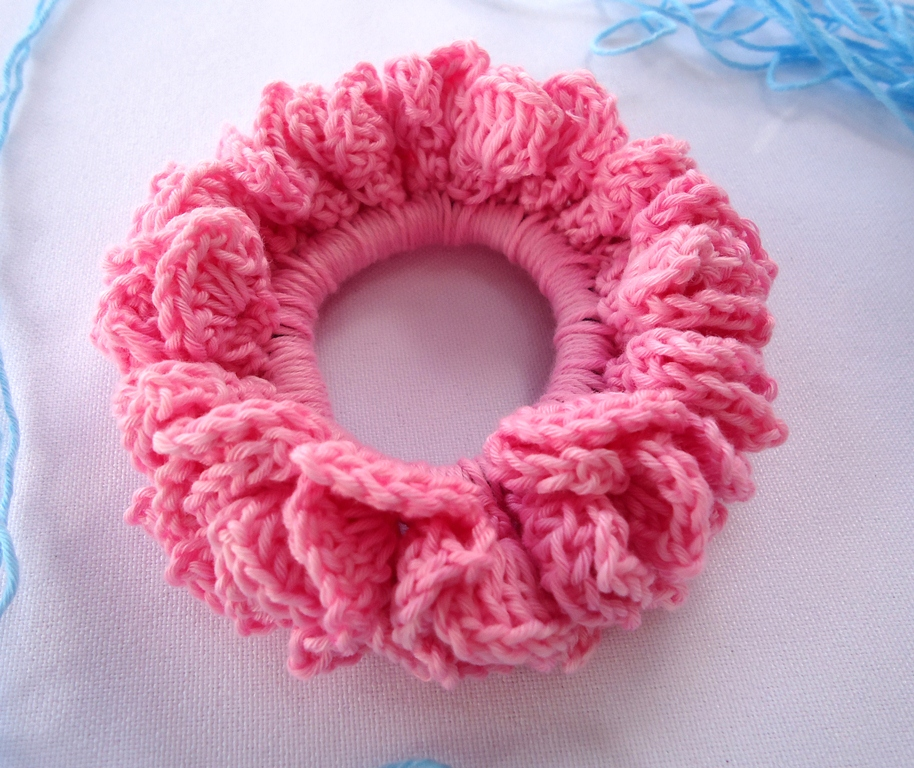 Crochet Hair Scrunchie : Stitch of Love: Tutorial: Crochet Hair Scrunchie