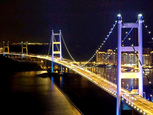 Tourism tsing ma bridge for World s longest video