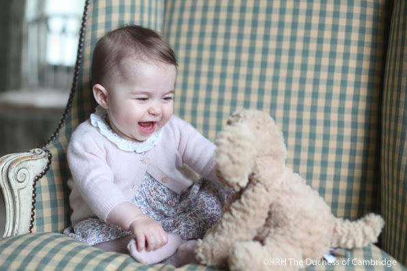 New pictures Of Princess Charlotte of Cambridge