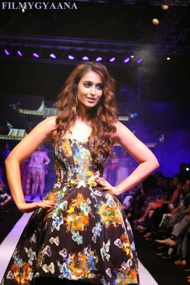 Ileana Latest Hot Ramp Walk Photos
