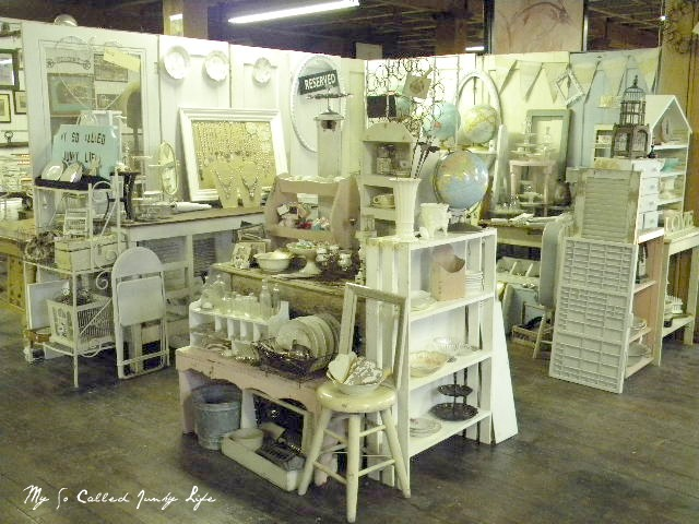 Booth Kitchen Pic Antique