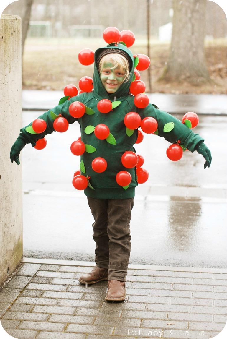 Frau Svensson: Æbletræ kostume DIY