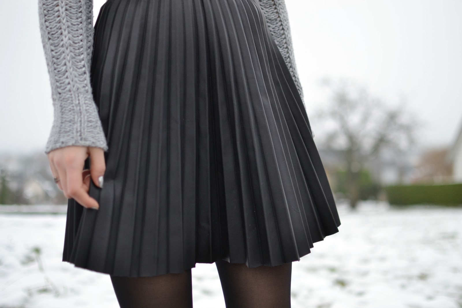 Zara PU faux leather pleated skirt