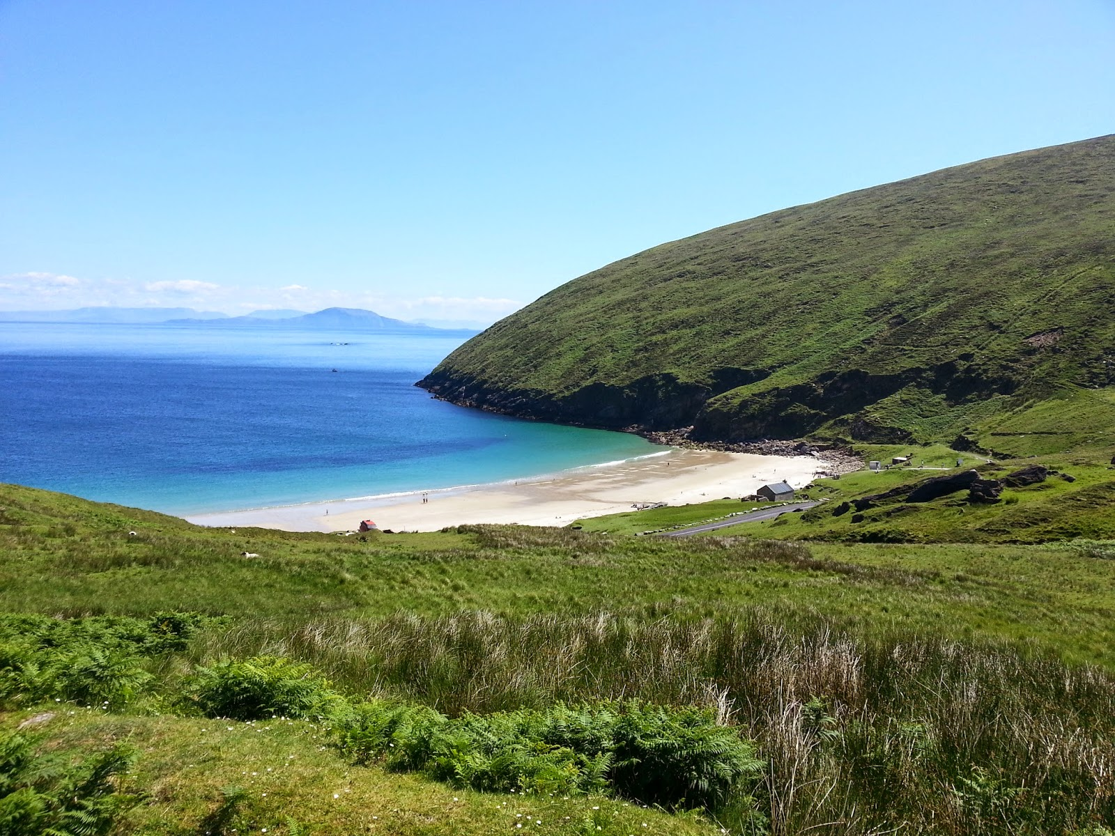 Golden sands and aquamarine waters of Keem Bay, Achill Island