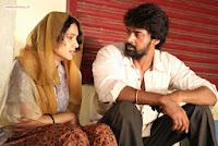 Sivappu-Movie-Stills