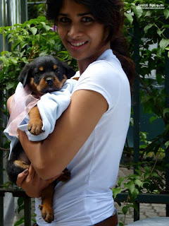 Anarkali Akarsha with dog