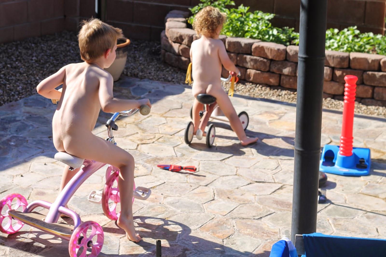 naked toddler boys shower time