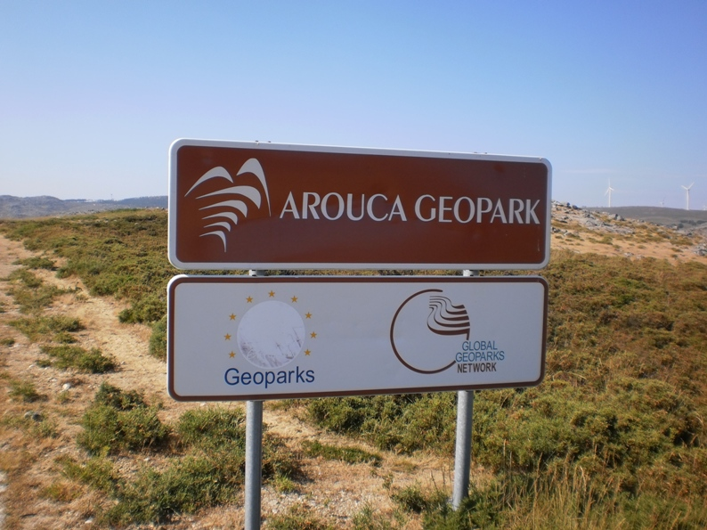 Placa sinalizadora do Arouca Geopark