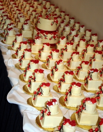 Mini Wedding Cakes