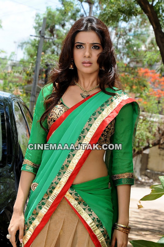 Samantha in Green Saree1 - Samantha Pics in Green Saree Looking HOT