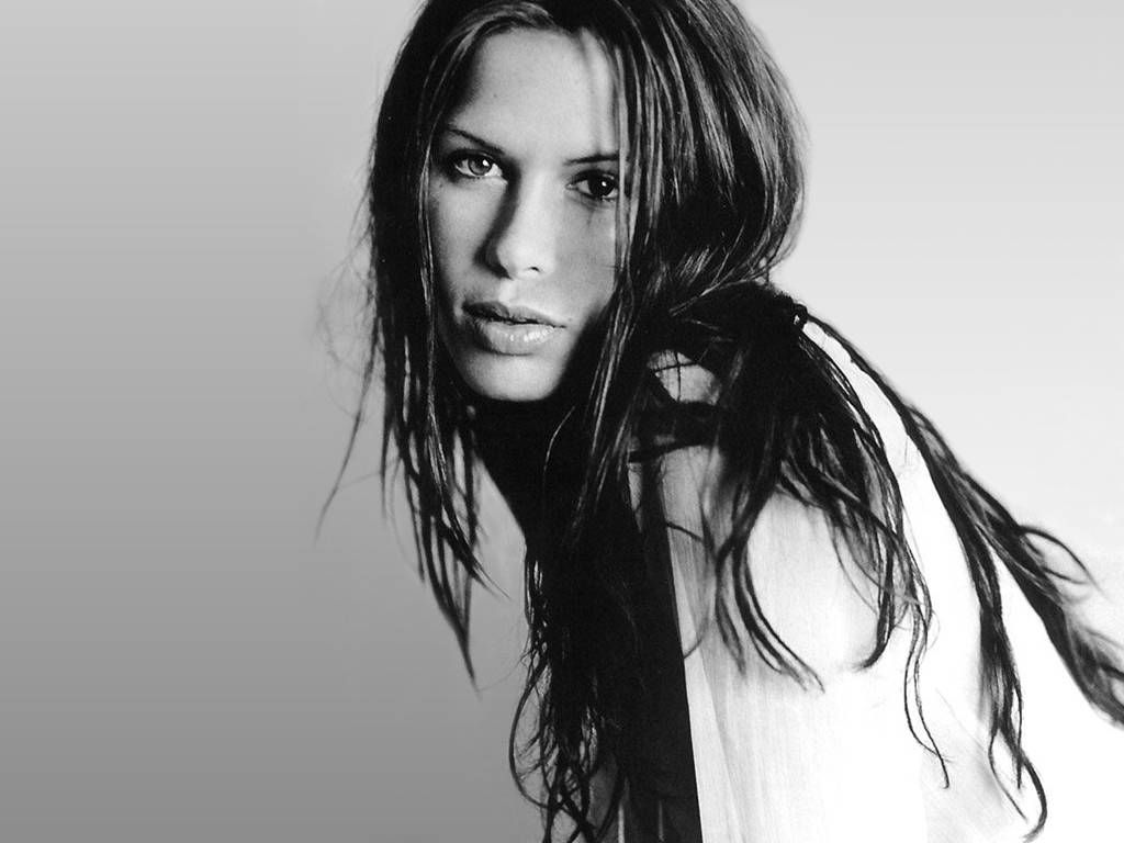 hollywood celebrity rhona mitra wallpapers