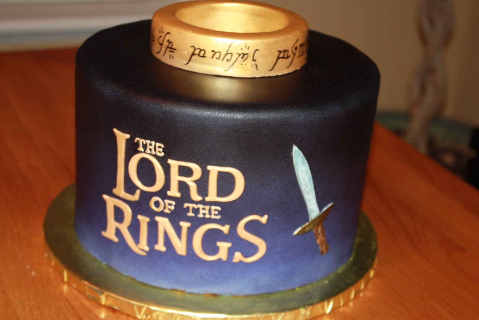 The Good Apple Lord Of The Rings Cake