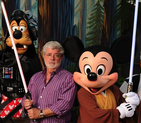 George_Lucas_Disney_723212g2.jpg
