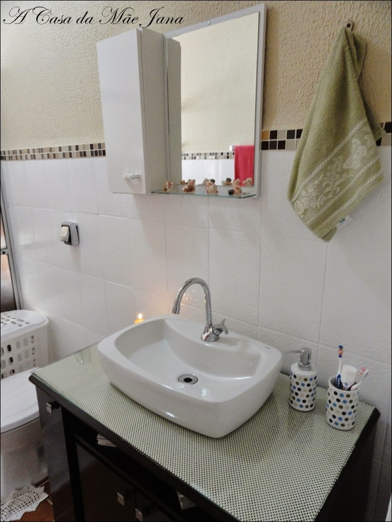 A Casa da Mãe Jana Reformando o banheiro -> Banheiro Simples Mas Arrumado