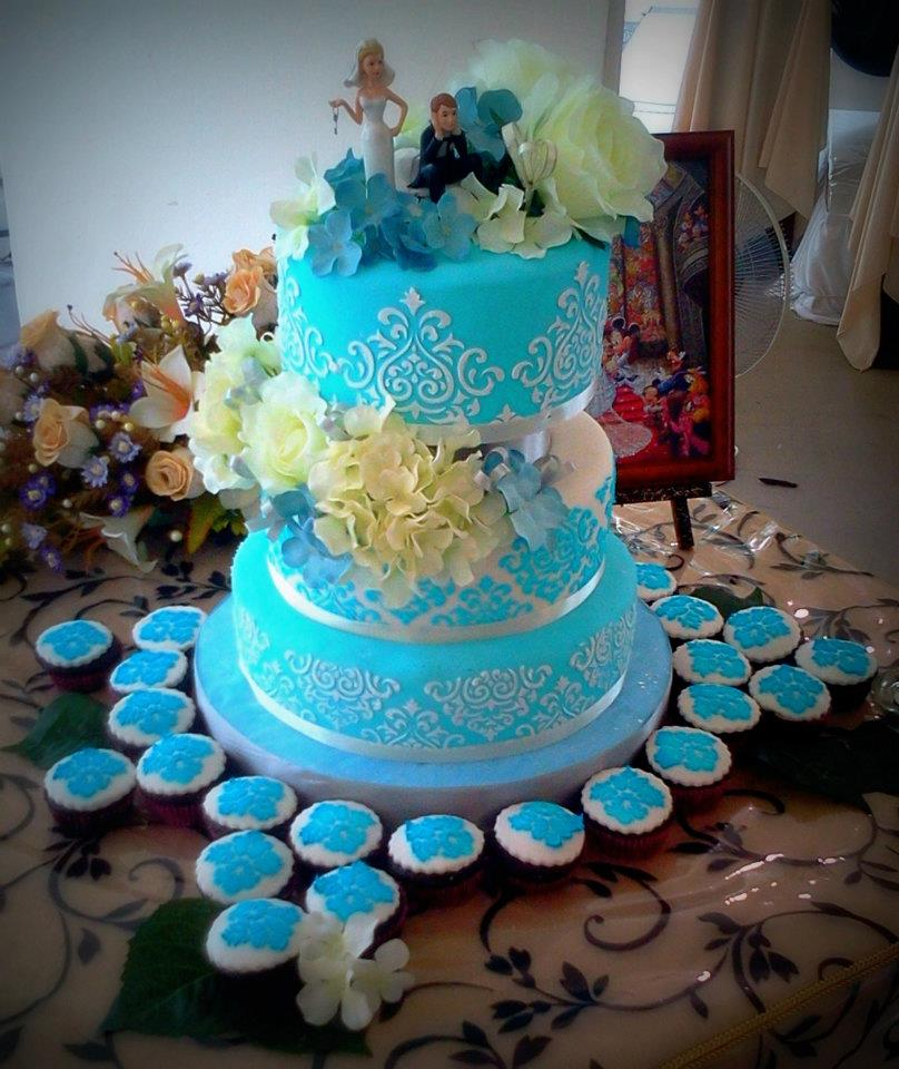 Wedding Cakes Pictures Turquoise Damask
