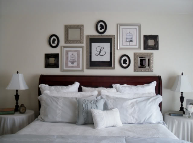 blame it on the boogie deco ideas for decorating your walls. Black Bedroom Furniture Sets. Home Design Ideas