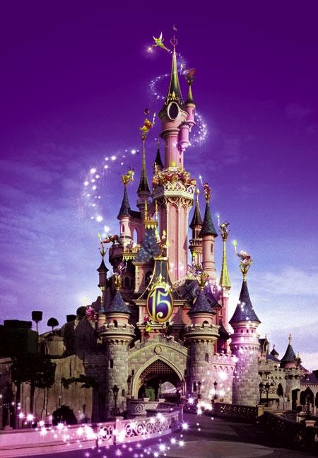 world visits trip to disneyland paris holidays. Black Bedroom Furniture Sets. Home Design Ideas