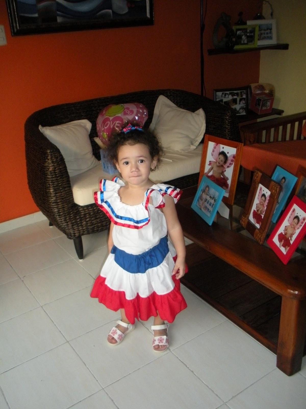 Niño Ropa Tradicional De Republica Dominicana Wwwmiifotoscom