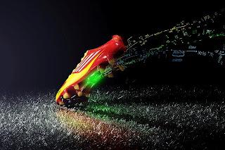 Messi y James Rodríguez usarán guayos inteligentes