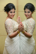 Anjali Glamorous Photos in saree at Geethanjali event-thumbnail-8