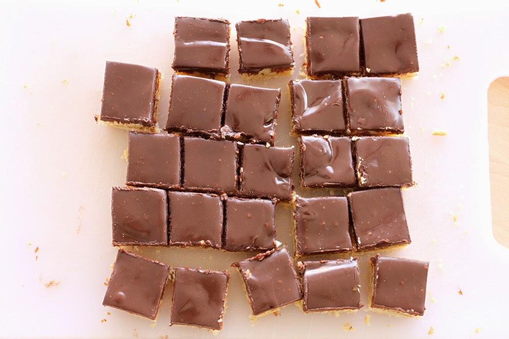 ריבועי קוקוס ושוקולד