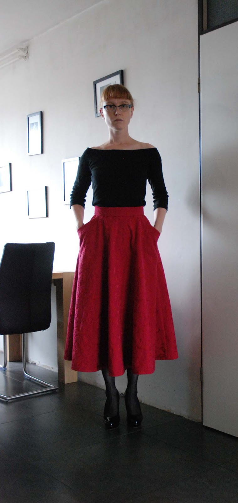 petit main sauvage: These unflattering long skirts...