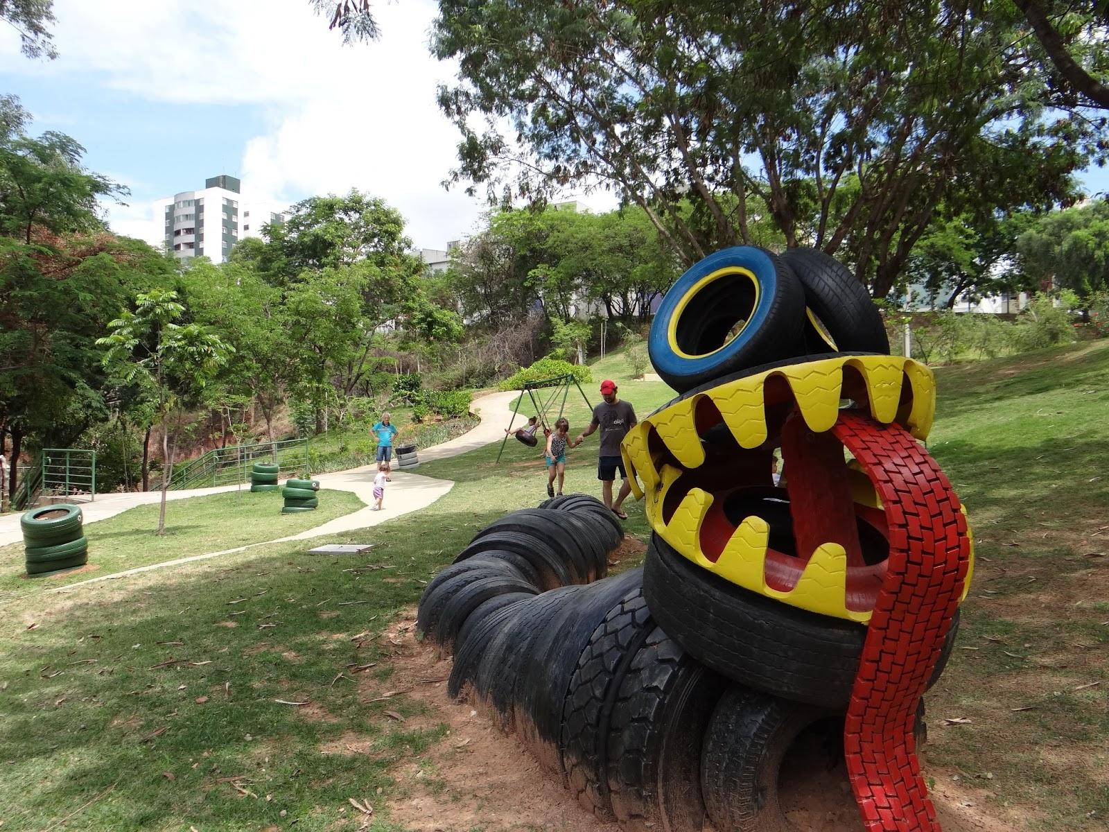 Muito Passeio em BH: parque do Universitário – Na pracinha YU83