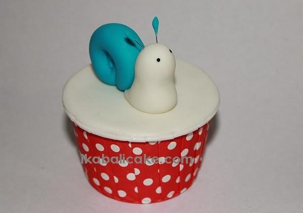 ika bali cupcake snail