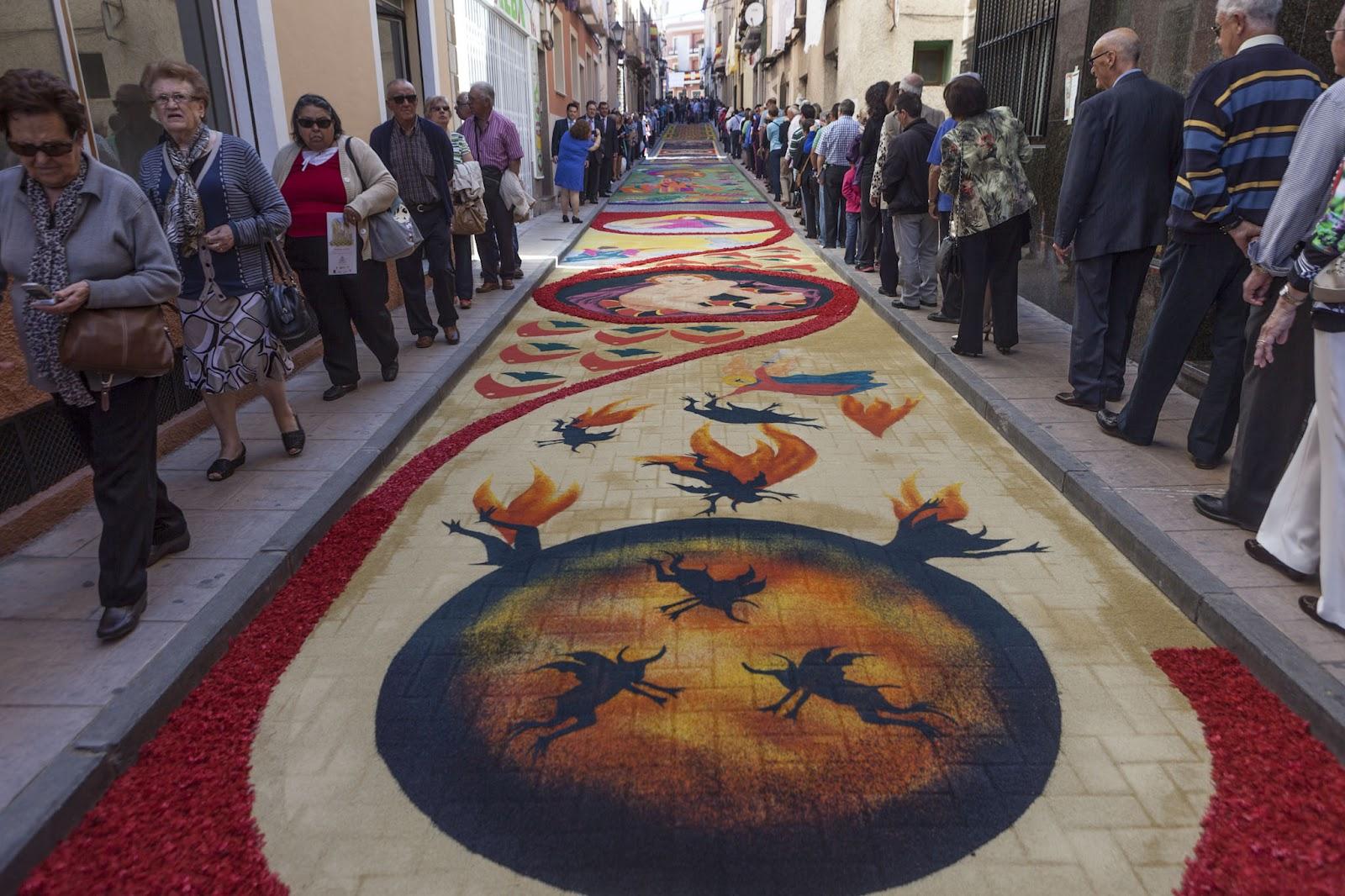 El rendrijero alfombras de serr n for Precio de las alfombras persas