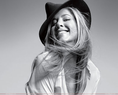 Actress Jennifer Aniston Hot Wallpaper