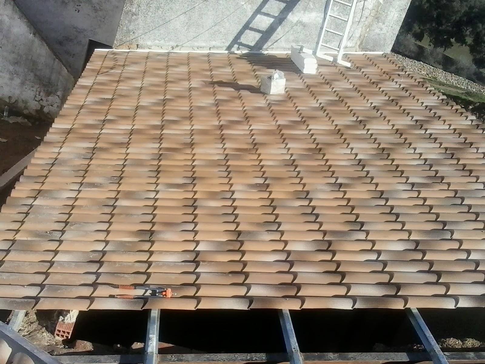 Reparar tejados de teja en castilla y le n vila for Tejados de madera en leon