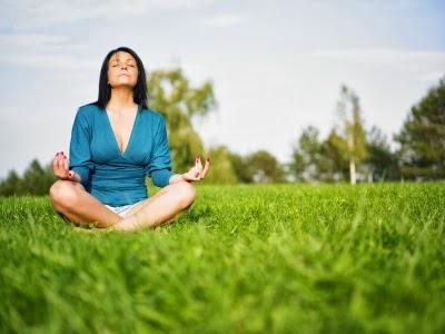 Pir mide del pensamiento positivo homenaje a la cultura for Encontrar paz interior