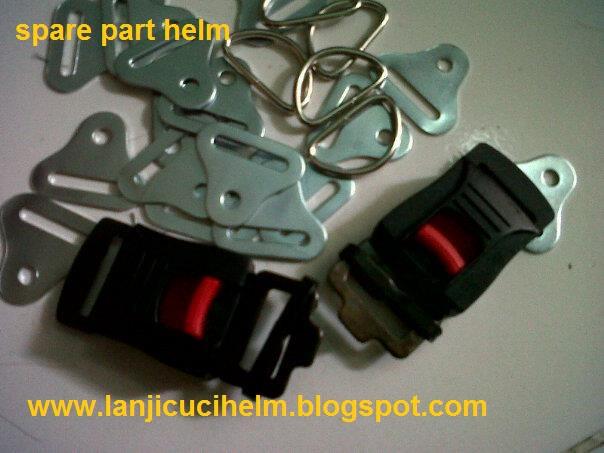 Spare part helm terdiri dari Gesper, Tali helm, segitiga tali, paku keling dll