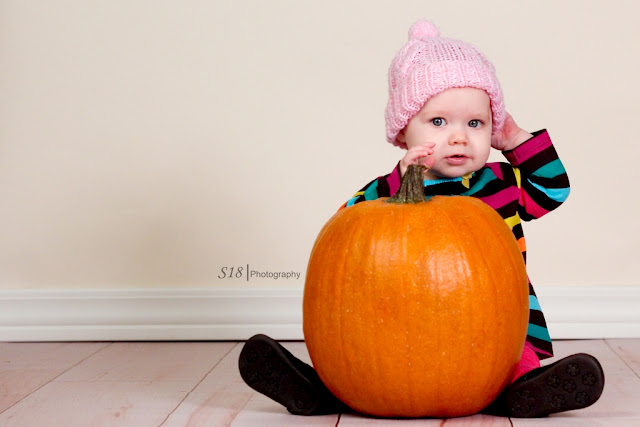 pumpkin+4 Sydneys Fall Pictures | Marlton New Jersey Baby Photographer