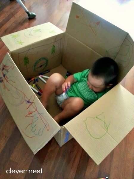 Coloring a cardboard box, and 21 other ways to occupy a Toddler while pregnant! #free #99cent #clevernest #maternity #roundup #bedrest #sickday #preschool #artforpreschool