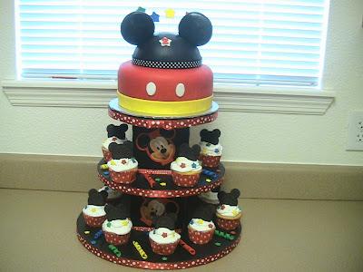 la hora de servirla qué te parecen estos modelos de tortas con