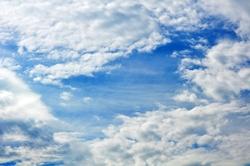 Das Loch in den Wolken...
