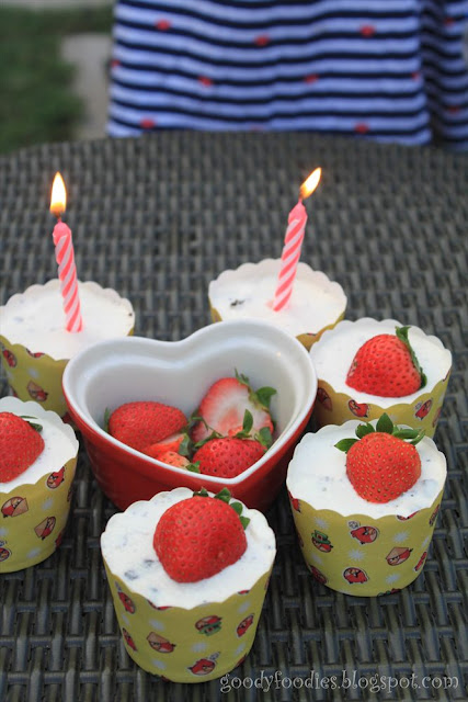 Oreo Cake No Bake Strawberry