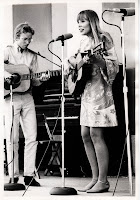 David Rea und Joni Mitchell 1967 in Mariposa